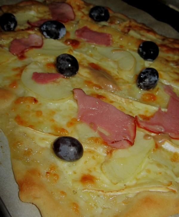 pizza-poires-brie