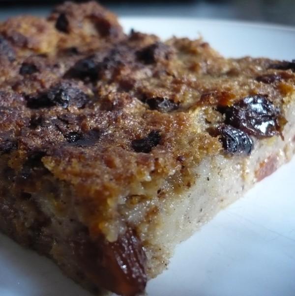 pudding-raisins-pain