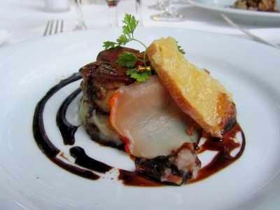 Foie gras poêlé sur écrasé de pommes de terre