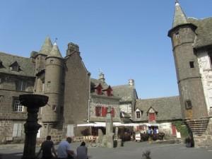 Salers, village médiéval du Cantal