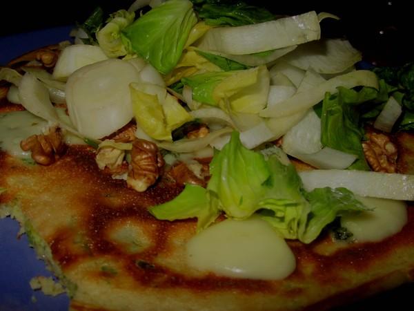 pascade-roquefort-salade