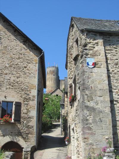 najac-chateau-aveyron