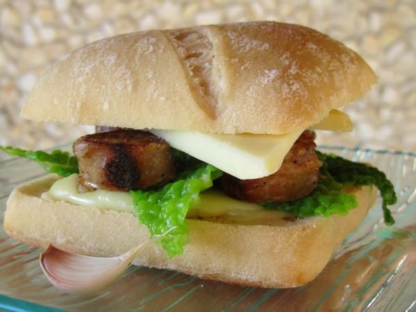 burger-saucisse-Toulouse