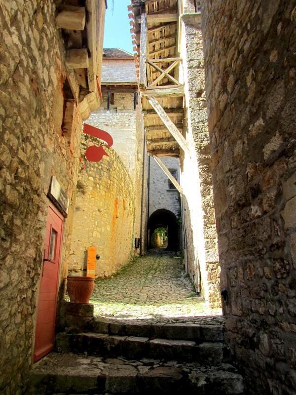 ruelles-medievales-Lot