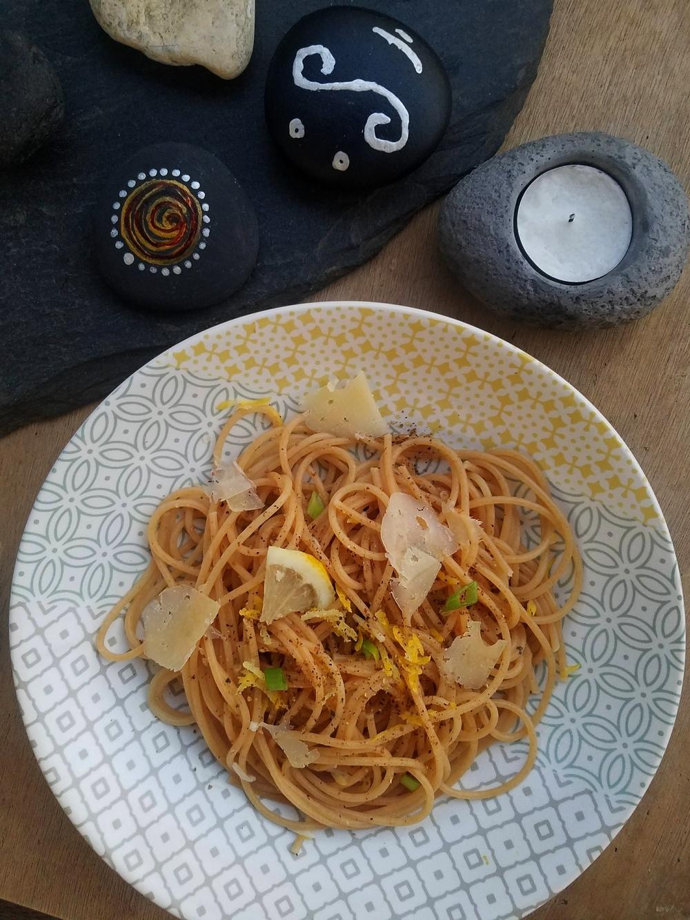 Spaghetti au beurre ail et citron