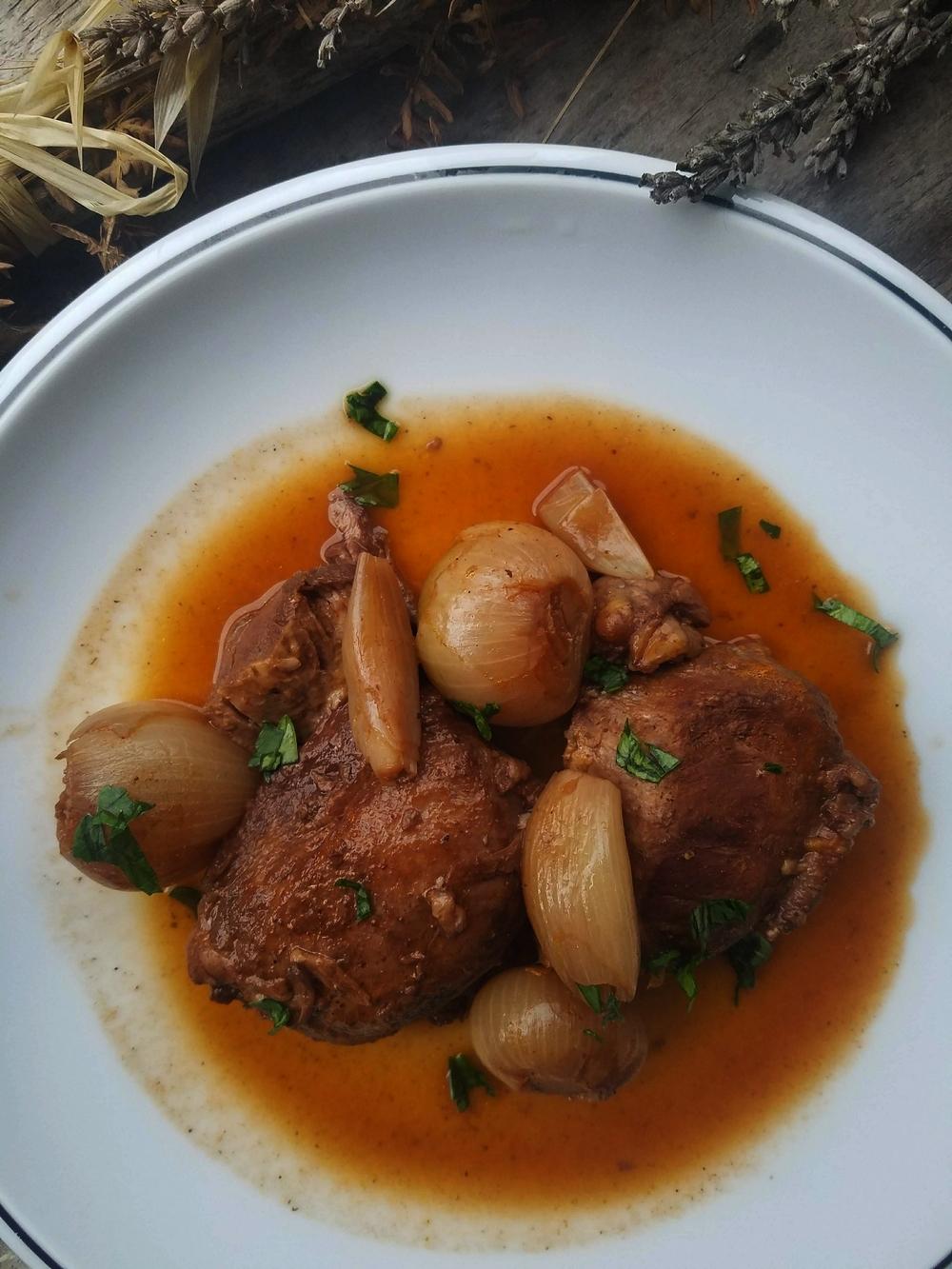 Ragoût de Grèce aux oignons, le stifado