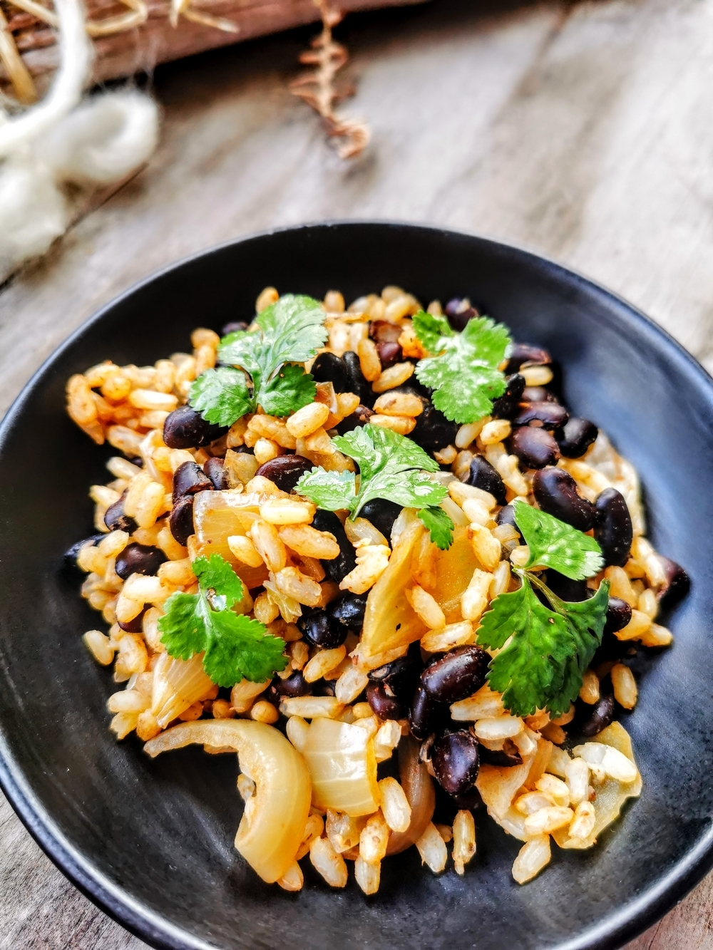 Gallo pinto du Costa Rica au riz et haricots noirs