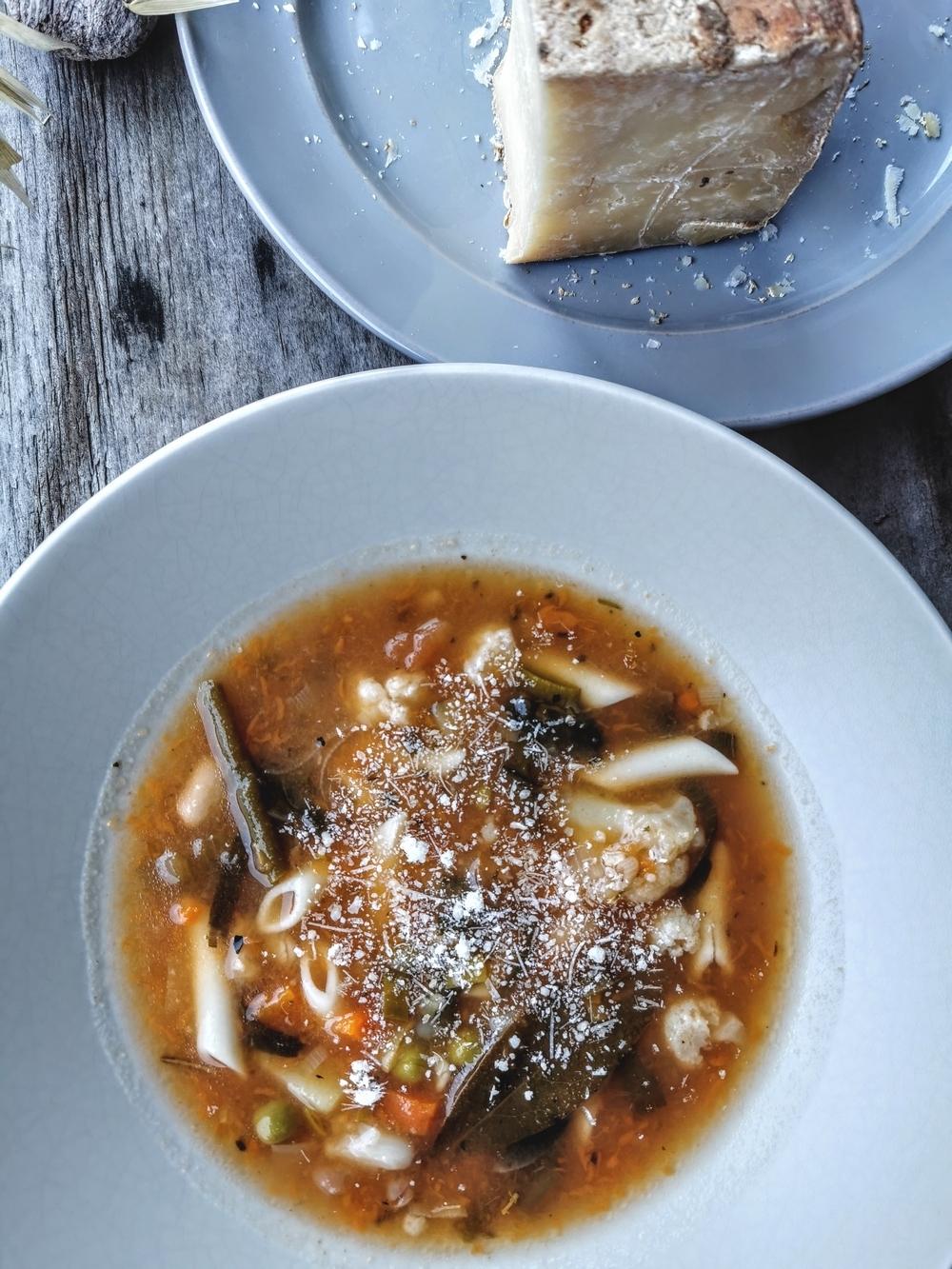 Minestrone, soupe de légumes italienne